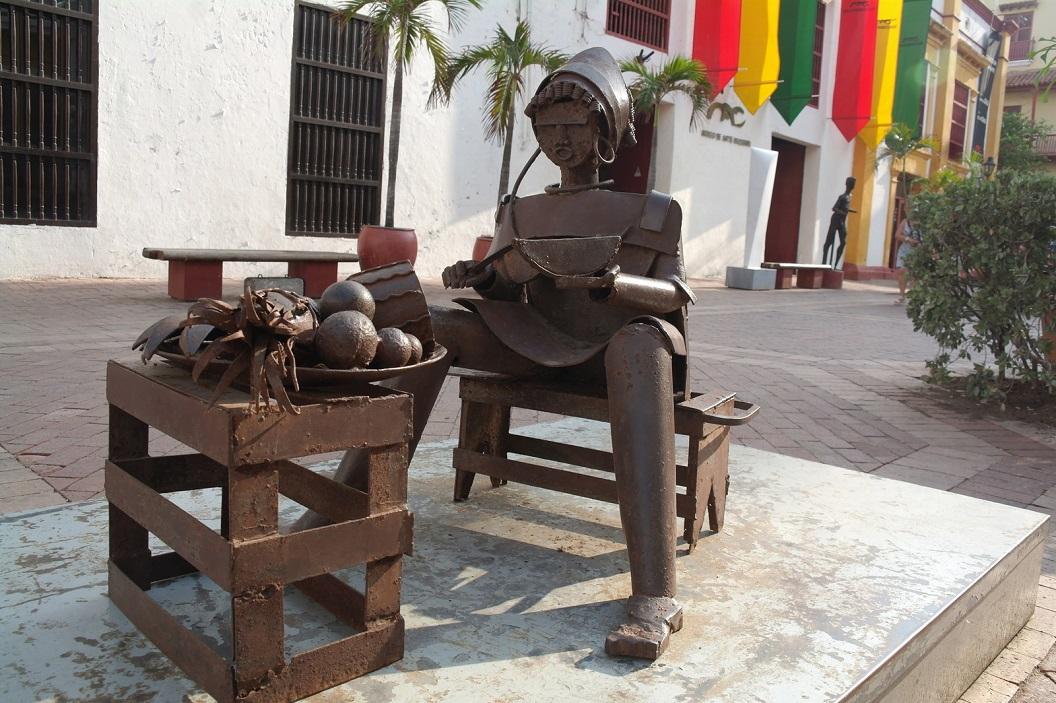 38 kunst voor het Museo de Arte Moderno - op Plaza San Pedro Claver