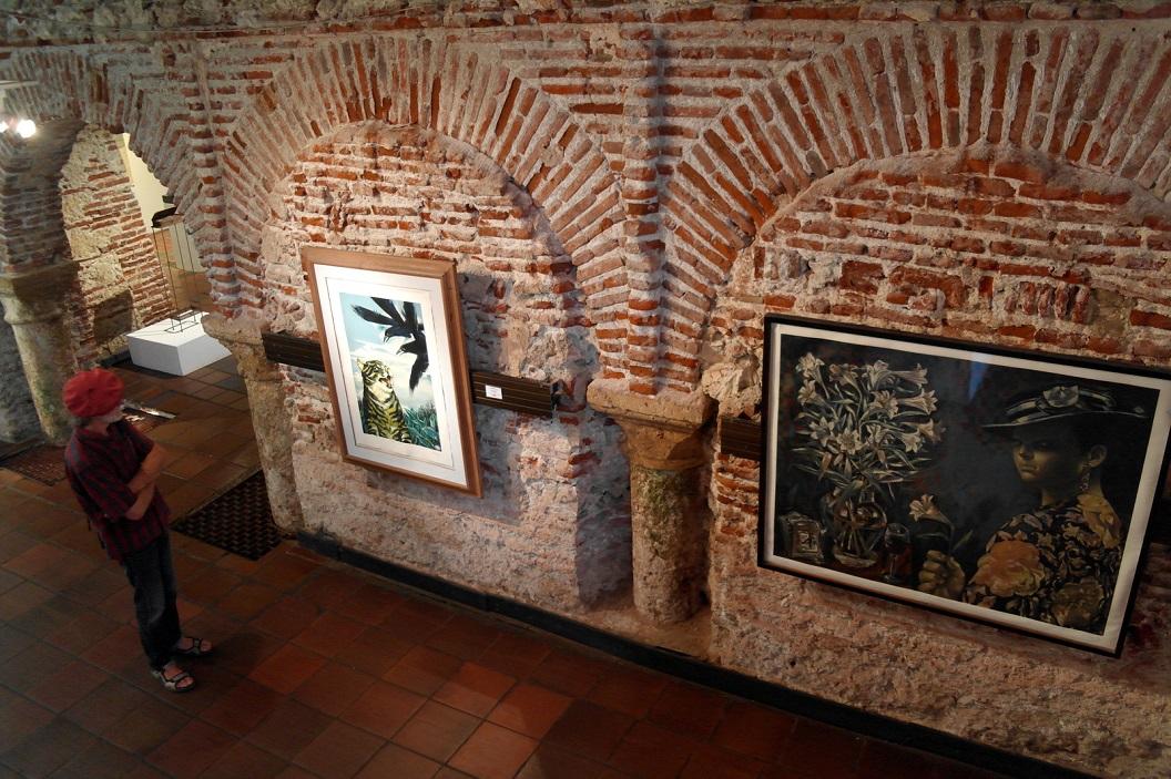 46 Het museum of Modern Arts is gehuisvest in het 17e euuwse voormalige koninklijk huis van de Douane