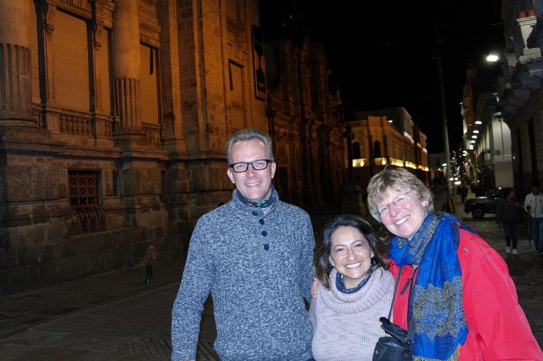 47 avond wandeling door de oude stad van Quito