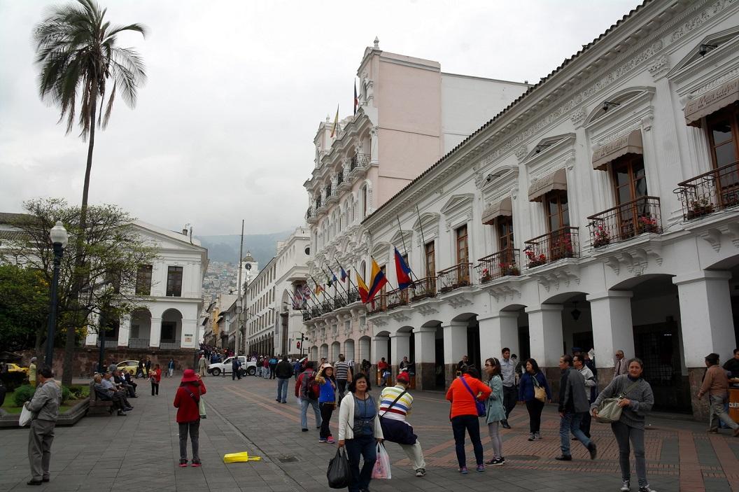 02 Palacio de Arzobispal, hoofdkantoor van de kerk van Equador