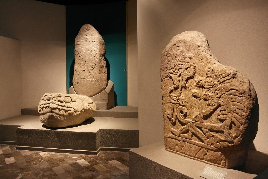 31 de Maya cultuur en beschaving blonk uit vanwege haar kunstuitingen, decoraties, schrift en kalender SAM_0258