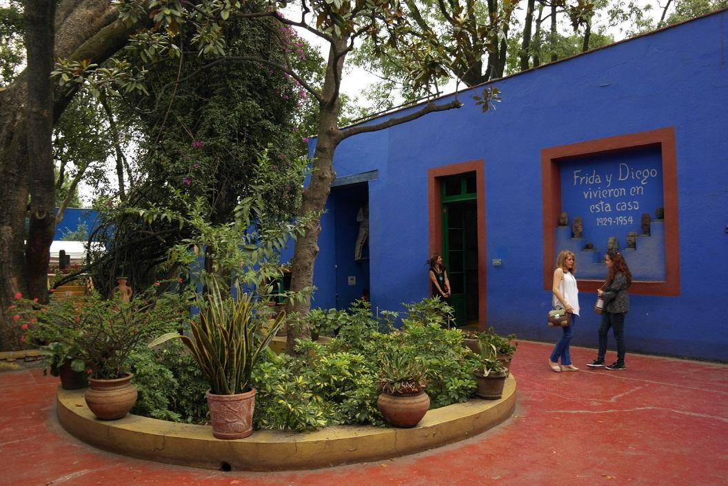 35 Frida y Diego Vivieron en esta casa 1929 - 1954 - Frida en Diego leefden in dit huis 1929 - 1954 SAM_0669