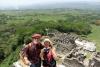 26 het complex van Tonina, hoe hoger we klimmen, hoe indrukwekkender deze Mayaplaats. Heersers van het regenwoud (va ca 2.000 v Chr) die bonen, calebassen en mais verbouwden