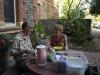 103-ontbijten-in-de-tuin