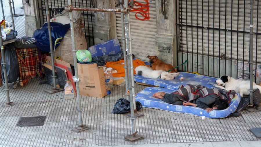 17 Daklozen in Buenos Aires