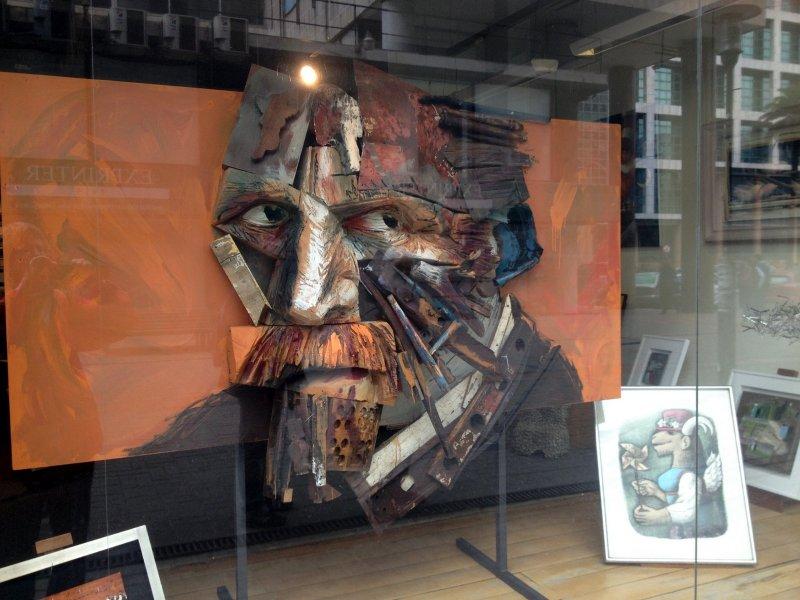 08 Vincent van Gogh prachtig uitgebeeld - Kunst in een van de etalages Av 18 De Julio