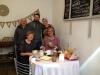 03 Aan de ontbijttafel samen met Mario, Julian en Solange