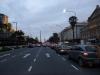 10 tot laat in de middag onderweg door de stad, verrast door ontbreken van de spitse top op de Obelisk