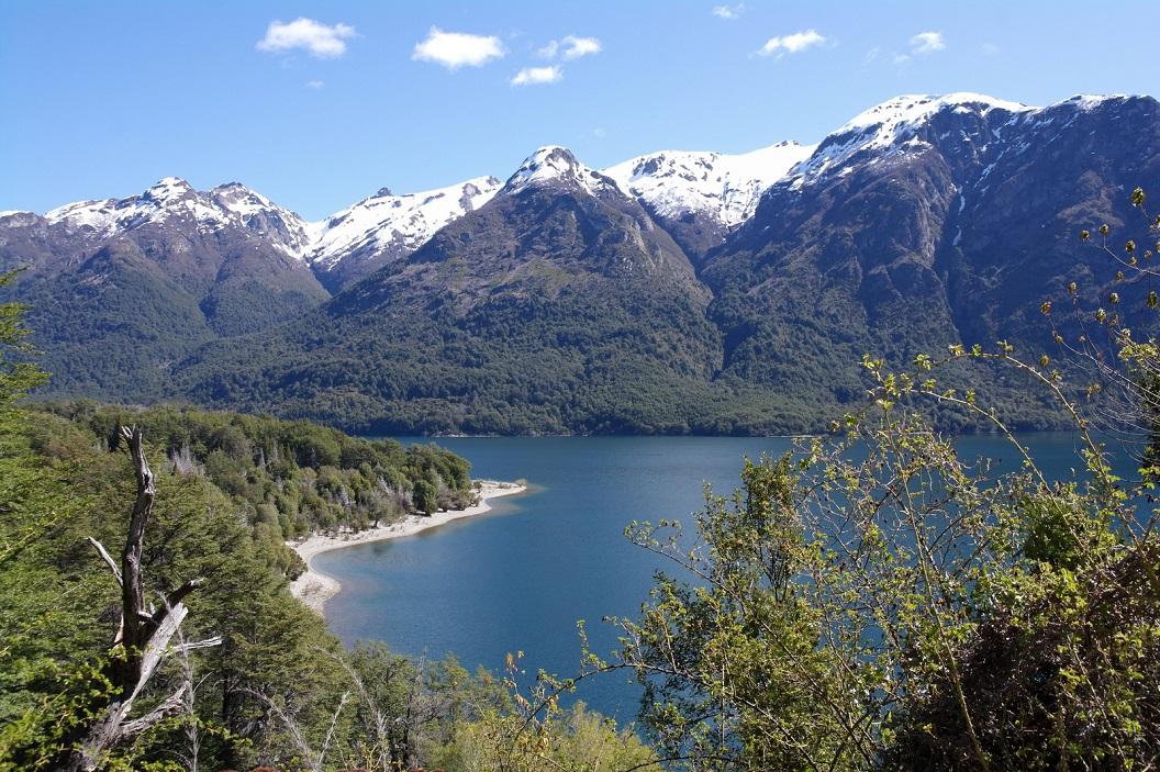 05 Parque Nacional Los Alerces, park met smaragdgroene meren en oeroude bomen