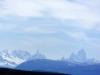 Onderweg naar El Calafate zagen we het Fitz Roymassief, een van de spectaculairste natuurwonderen van de Argentijnse Andes, helder aan de horizon
