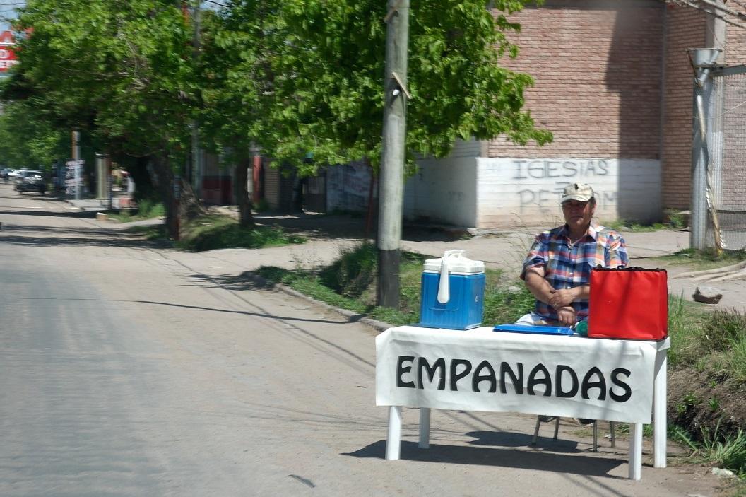 Empanada's, broodjes met lekkernij, bijvoorbeeld met vlees, kaas, en of groente