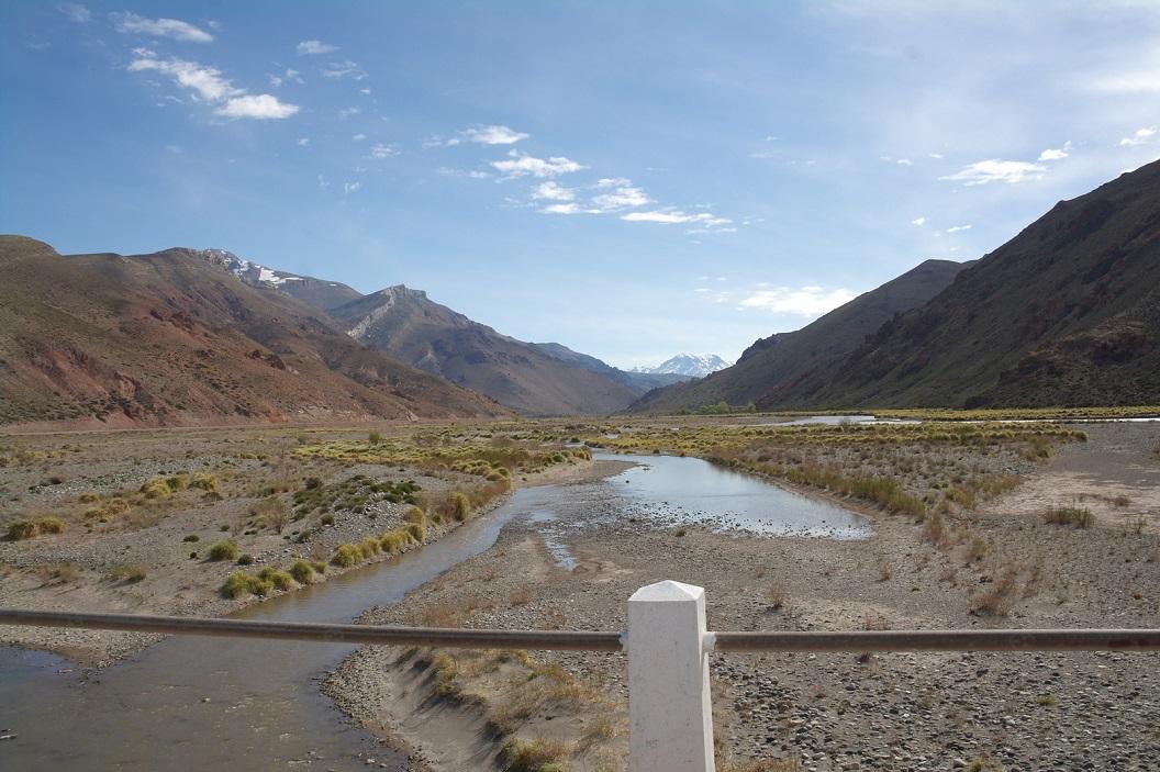 bijna droge rivierbedding