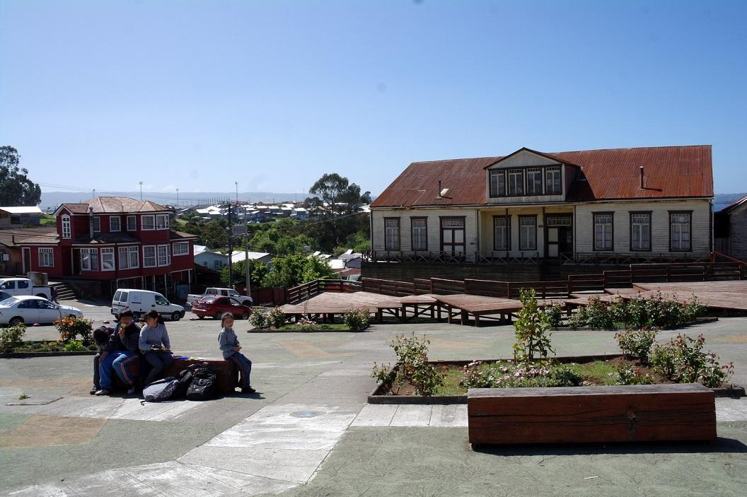 27 genoeglijk plekje van samenkomst op de Plaza van Chonchi