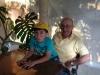 19 vader Luis luistert en springt af en toe bij met zijn verhaal