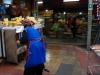 05 nog even ruimen voor de verkoop. De vismarkt heeft tevens een hoek voor kaas, worst, jam, groente en vruchten