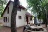 44 een van de huisjes van het project Albergue La Leona, voor samenkomst en verhuur prive aan toeristen en vakantiegangers