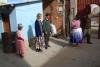 06 op het binnenplaatje, Julia vertelt enthousiast en met plezier over haar ervaring, hun werk en kinderen die komen(in Irpanani-Senkata 60 kinderen in Ipanani-Santa Rosa 20 kinderen)