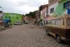 07 aan de overkant, San Pedro de Tiquina. Er staat al weer een nieuwe rij auto's klaar voor de oversteek
