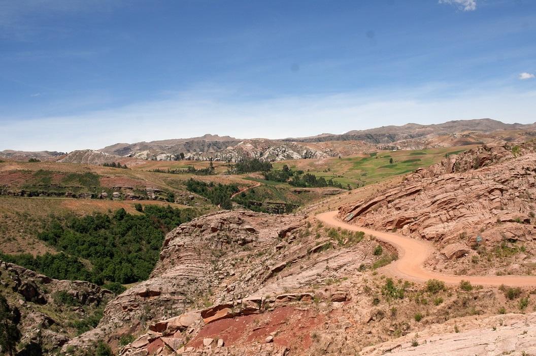 06 prachtige route 6 door de bergen van de Andes, op weg naar Lapas, met op de eerste dag een gemiddelde snelheid van ca 15 tot 20 km per uur