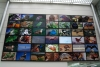 08 kleurrijke levendige wand met foto en film materiaal