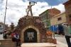 49 Monument voor de mijnwerkers en het verzet. Zowel geweer als mijnhouweel de kracht van de mijnwerkers