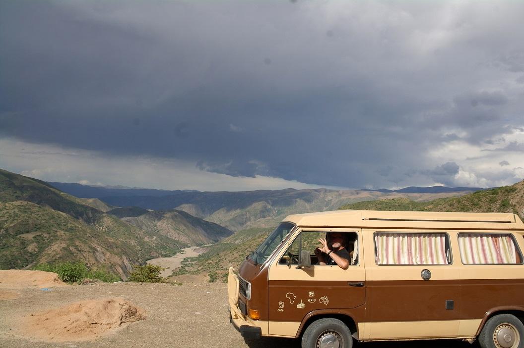 01 op weg naar Sucre even een stop, genieten van het uitzicht en stilte om ons heen