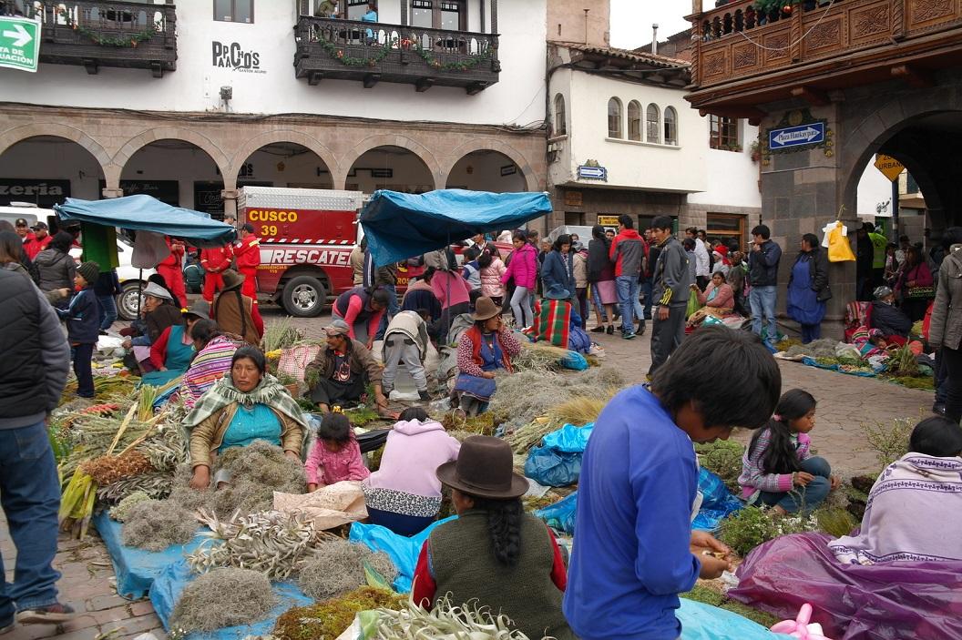 30 het hele gezin neemt deel aan deze feestelijke kerstmarkt