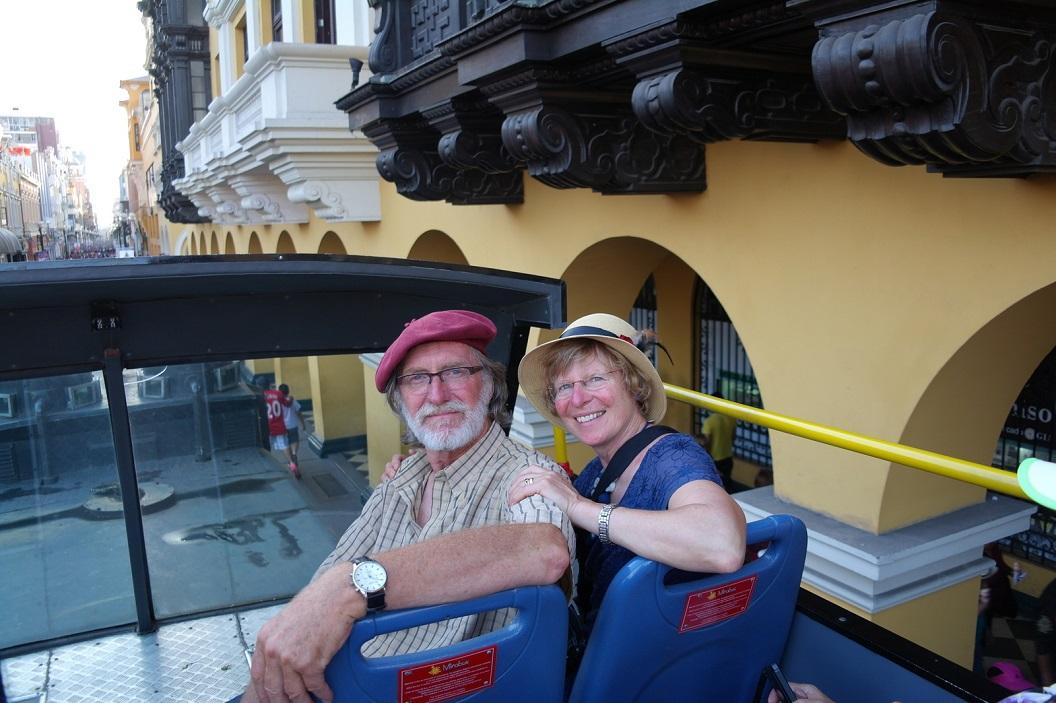 47 met de dubbeldekker rit door Historisch Lima