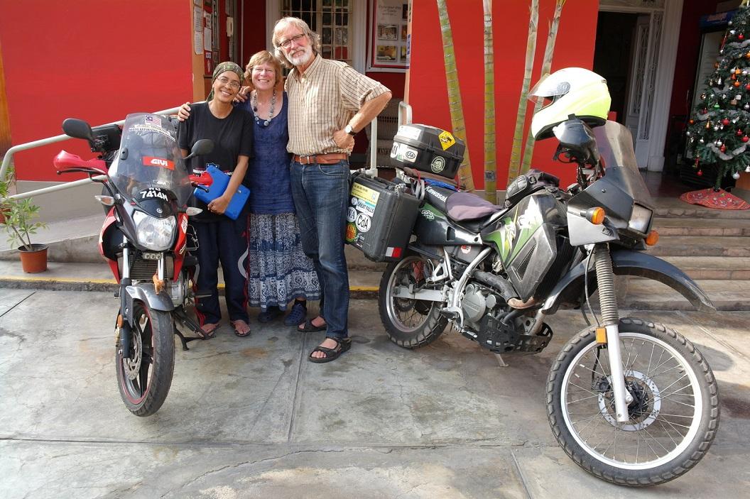 63 Motorrijdster Anita Yusof uit Malaysia op haar door Yamaha gesponsorde 125 cc motor Rond de Wereld