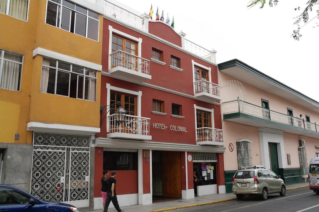 06 na bijna 580 km gereden te hebben komen we aan in Trujillo, logeren in Hotel Colonial