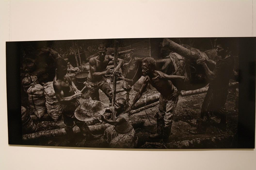 20 aangrijpende foto reportage van het leven in de (zilver) mijnen