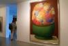 31 Fernando Botero - internationaal - bekend voor zijn zeer herkenbare stijl van soepele opgeblazen vormen met onverwachte verschuivingen in schaal