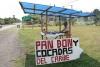05 bij afslag naar Parismina, stop voor heerlijke zoete broodjes (o.a cocos en cacao) SAM_5035