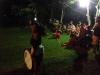 51 in de avond veel gezeligheid rondom het sportveld IMG_5148