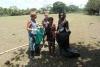 34 elke zaterdag helpen we met elkaar de omgeving te schonen van zwerfvuil, een gezamelijke activiteit van zowel vrijwillers als -vrijwillige- dorpsbewoners SAM_5282