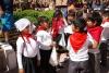 09 feestelijke voorbereidingen door alle leerlingen van San Pedro de Atacama voor het afsluitende school en studie jaar