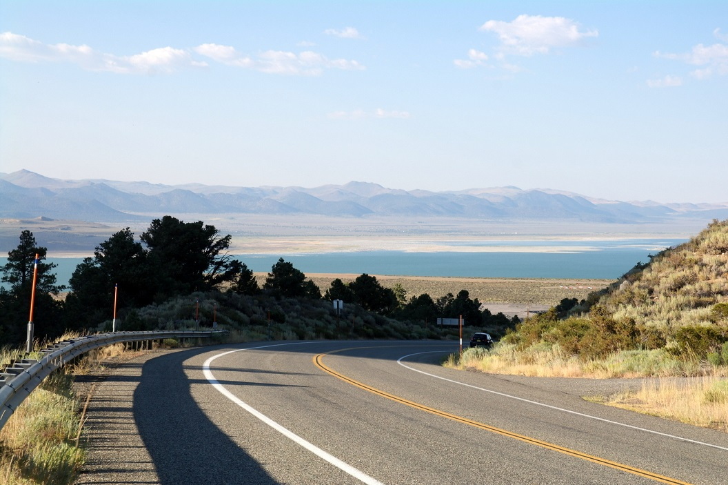 16 Mono Lake - route 395 - op weg naar Yosemite National Park SAM_7459