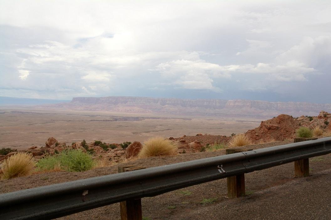 06 uitzicht bij Antilope Pass, op weg naar Page SAM_6540