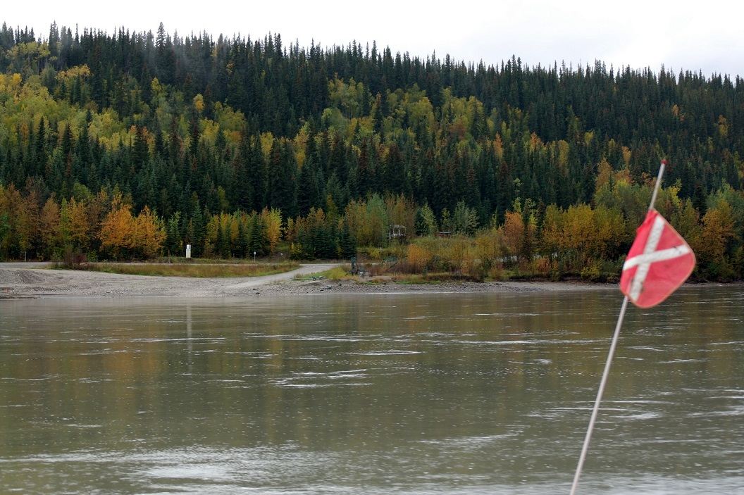 03 de overkant - Top of the World Highway & Alaska SAM_0925