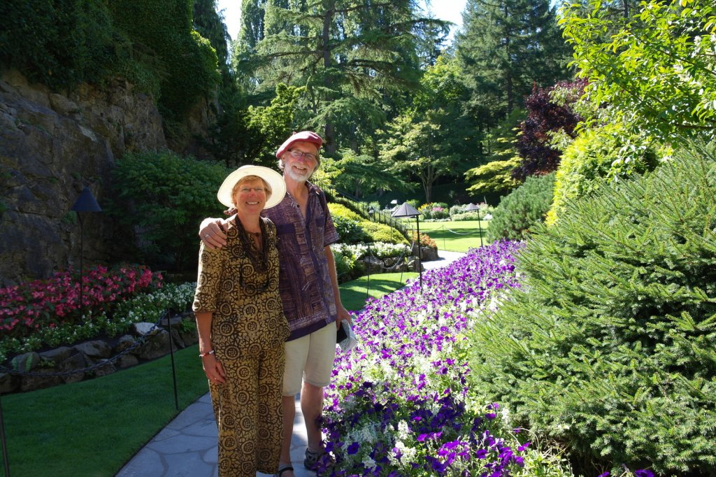04 genieten van deze prachtige tuin ! Al in de jaren 1920 kwamen er meer dan vijfduizend bezoekers SAM_8878