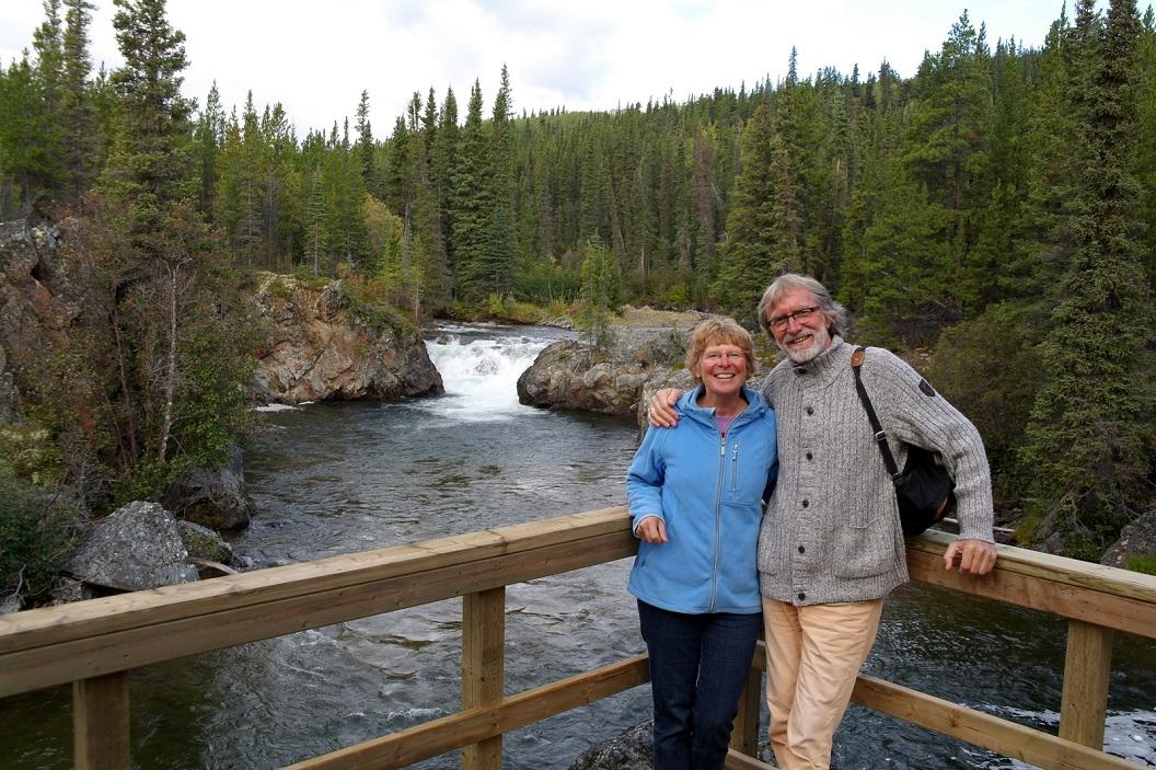 14 op de kiek bij de Rancheria Falls SAM_0719