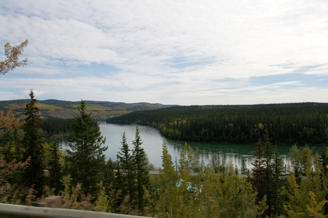 34 The Klondike Highway - een prachtige route naar Dawson City - route die vanaf de 15e september tijdens de winter is afgesloten ( is over 10 dagen!) SAM_0826