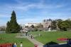 29 de tuin voor de gebouwen van het British Columbia Parlement SAM_9158
