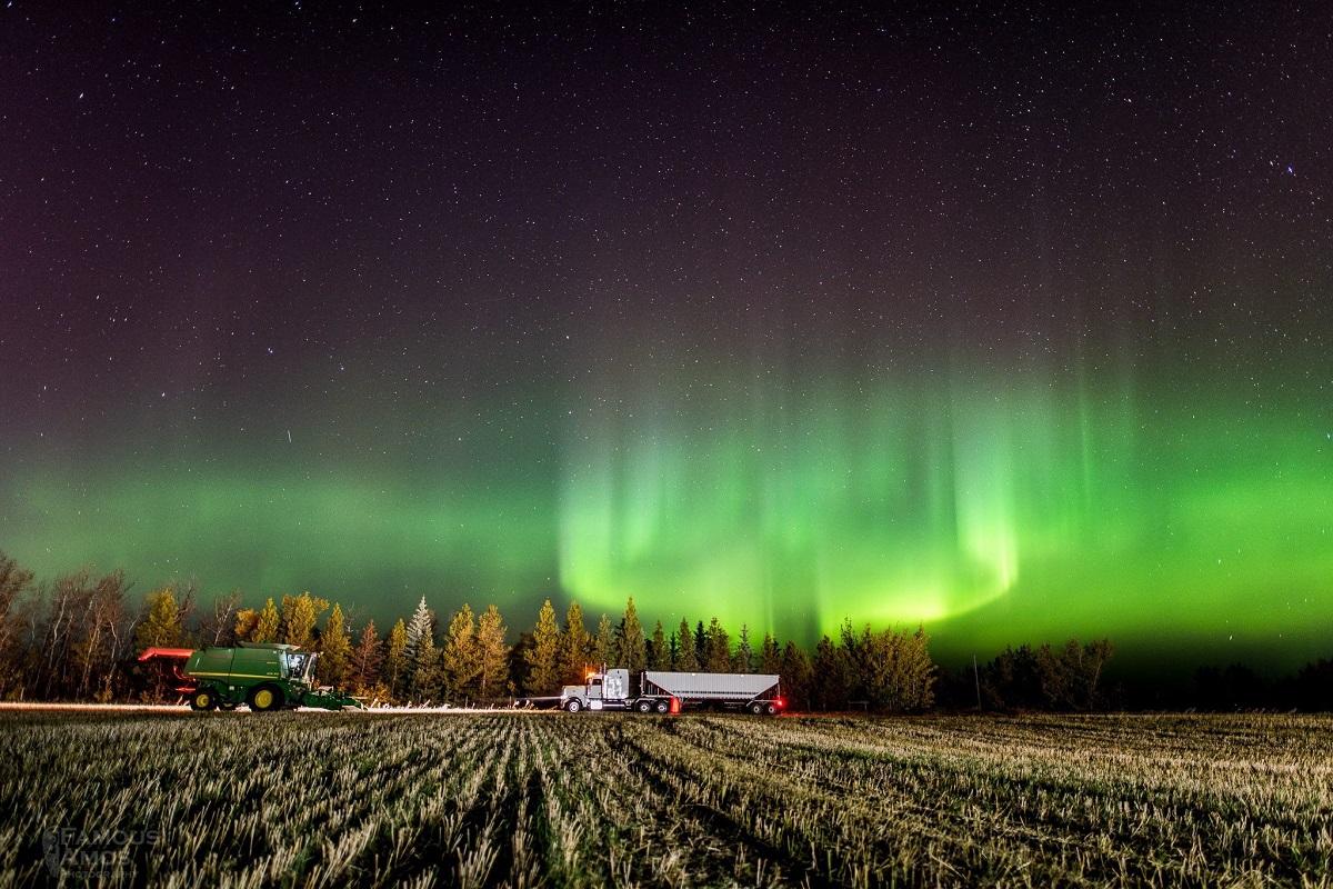 2016-09-28 Noorderlicht in Barrhaed, Canada IMG_2850