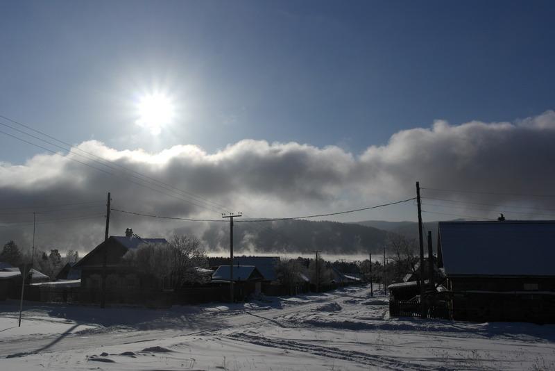 01-dorpje-onderweg-naar-listvianka-lake-baikal
