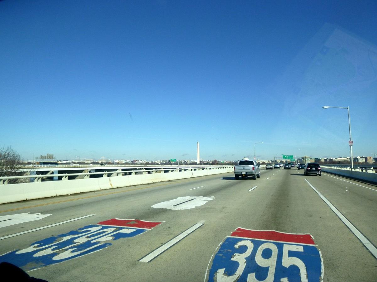 13 op de 395, in de vroege ochtend op weg naar Washington DC