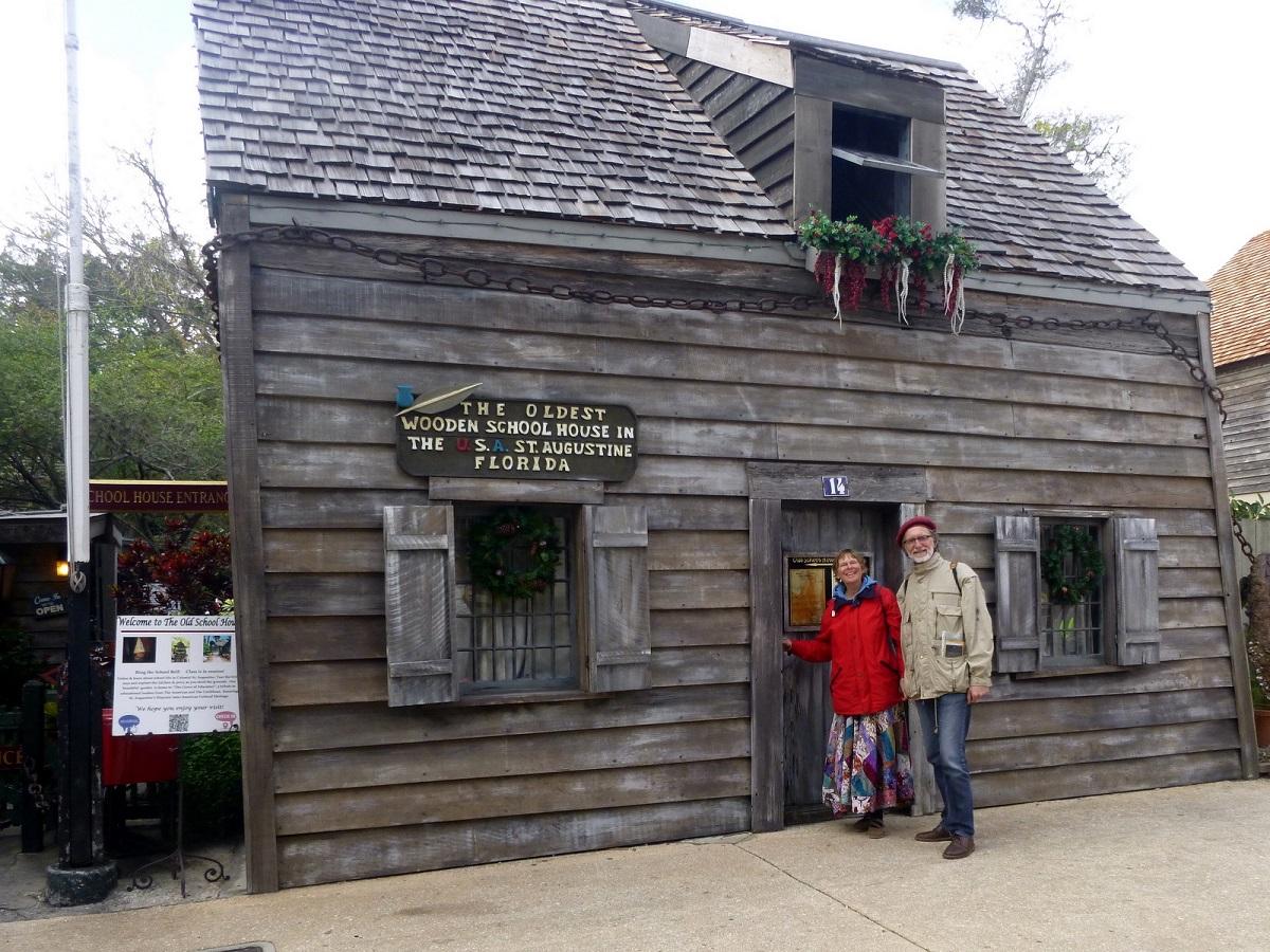 15 het Oudste Houten Schooltje in de USA