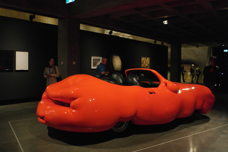 10-fat-car-2006-the-fatter-you-are-the-more-you-brains-shrinks-erwin-wurm
