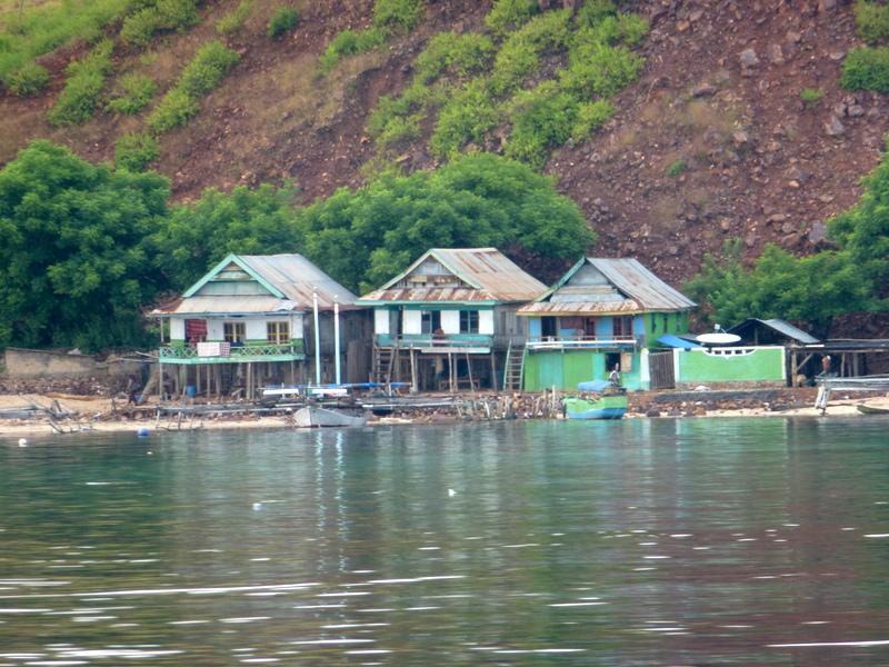 06-dorpje-op-komodo-island