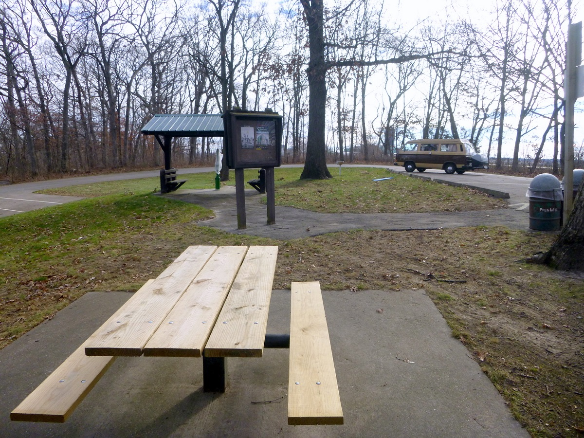 Stop voor een picknick aan de The Scenic Route - Illinois Beautiful Byway - Great River Road